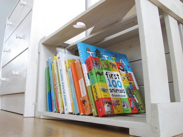 En liten bokhylla Taikuri